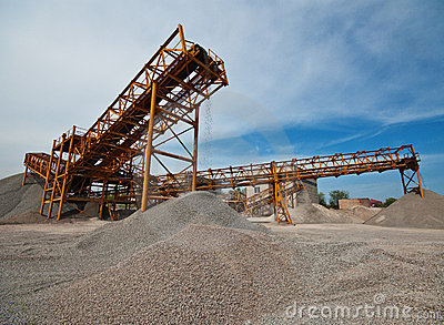 huge conveyor