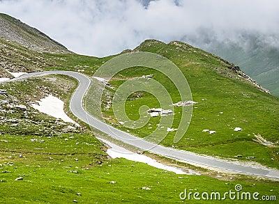Dell Agnello de Colle, montañas italianas