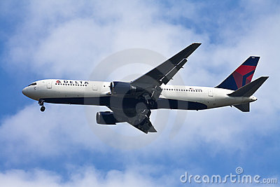 Delta airline Editorial Stock Photo