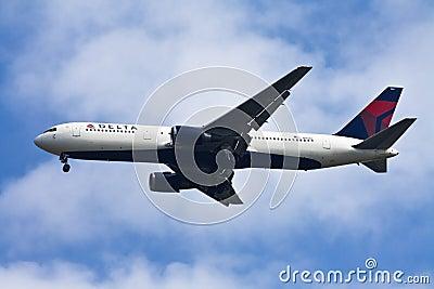 Delta airline Editorial Stock Photo