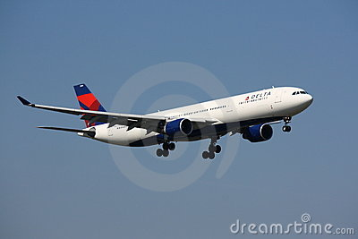 Delta Airlines Airbus A330 approaching Editorial Image