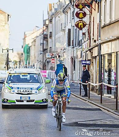Den cyklistClarke Simon Paris Nice prologen 2013 i Houilles Redaktionell Arkivbild