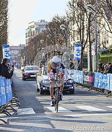 Den cyklistDe greef Francis Paris Nice prologen 2013 i Houill Redaktionell Bild