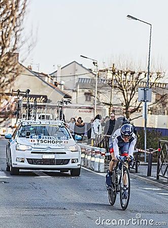 Den cyklistJohann Tschopp- Paris Nice prologen 2013 i Houilles Redaktionell Fotografering för Bildbyråer