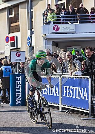 Den cyklistPichot Alexandre Paris Nice prologen 2013 i Houill Redaktionell Arkivfoto