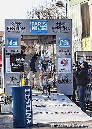 Den cyklistVeuchelen Frederik Paris Nice prologen 2013 i Houi Redaktionell Foto
