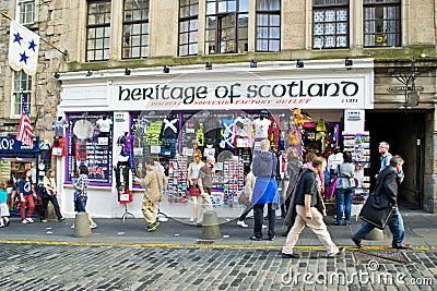 Den skotska souvenir shoppar Redaktionell Arkivbild