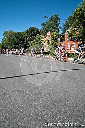 Den tävlings- Pelotonen Redaktionell Foto