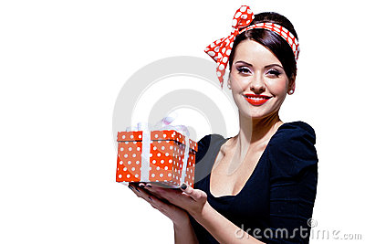 Den ursnygga brunetten med gåvan boxas