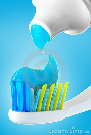 Free Dental Brush And Tube Royalty Free Stock Image - 2171736