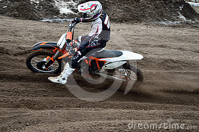 Departure with acceleration out of turn motocross