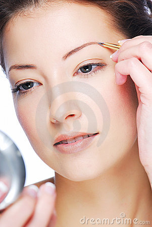 Depilating on eyebrows