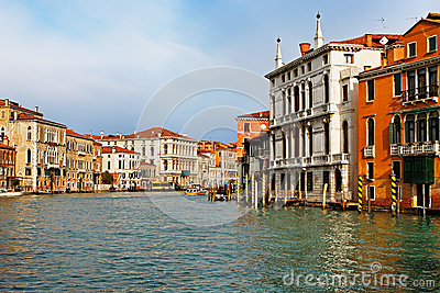 Der großartige Kanal in Venedig