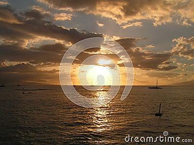 Der sepia-Sonnenuntergang
