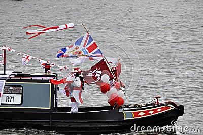 Der Themse-Diamant-Jubiläum-Festzug Redaktionelles Foto
