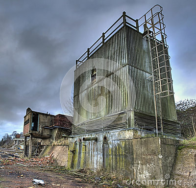 Free Derelict Factory Royalty Free Stock Photos - 35392868