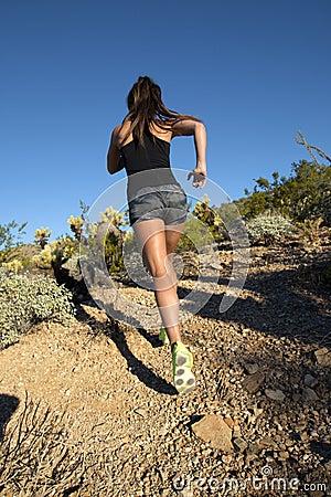 Free Desert Mountain Trail Female Runner Royalty Free Stock Images - 47450779