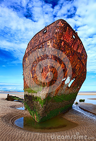 Free Deserted Rusty Ship Royalty Free Stock Photography - 25143357