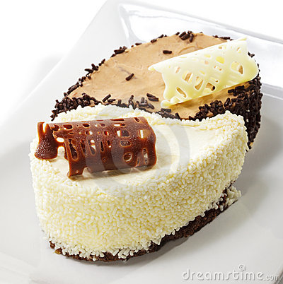 Dessert - Yin-yang Cake