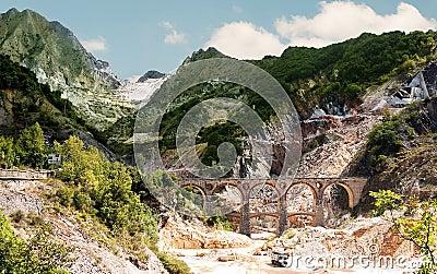 Destination Italy - Ponti di Vara, Carrara