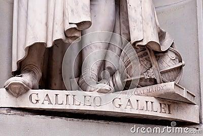 Detail of Galileo sculpture