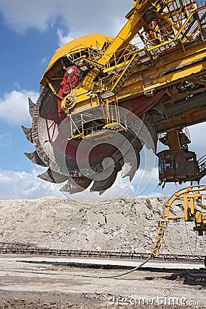 Free Detail Of Big Excavator In Coal Mine Stock Images - 16566194