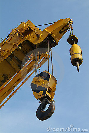 Free Detail Of Mobile Crane With Two Hooks Royalty Free Stock Photography - 685467