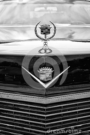 Detail of the radiator grille and emblem Cadillac Coupe de Ville Editorial Photography