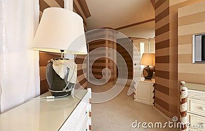 Detail suite, passage