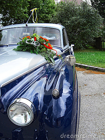 Detail of a wedding oldtimer