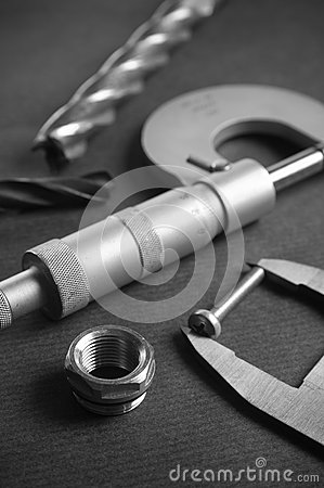 Details, drills and measuring tools