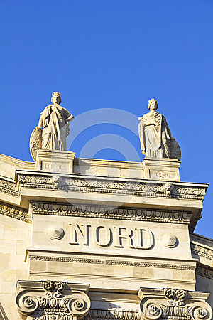 Details in the Gare du Nord train station, Paris