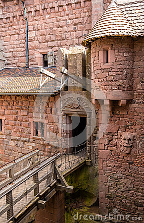 Free Details Of Haut-Koenigsbourg Castle - Alsace Royalty Free Stock Photography - 46605717