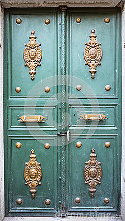Free Details Of Wooden Door Royalty Free Stock Images - 57544149