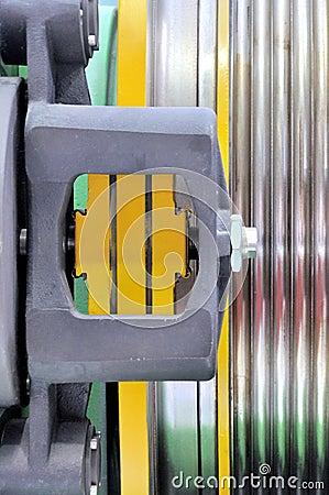 Detalhe de equipamento do elevador