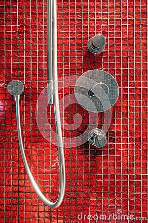 Detalhes telhados vermelhos do banheiro