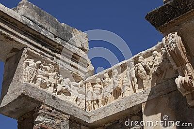 Detalle del templo de Hadrian en Ephesus