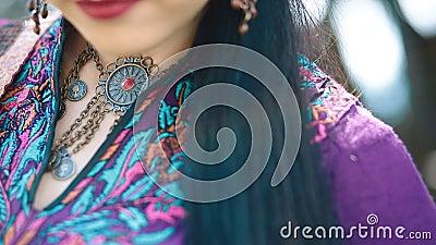 Detalles del vestido étnico asiático metrajes