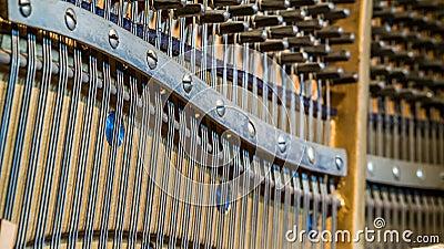 Dettaglio del pianoforte verticale