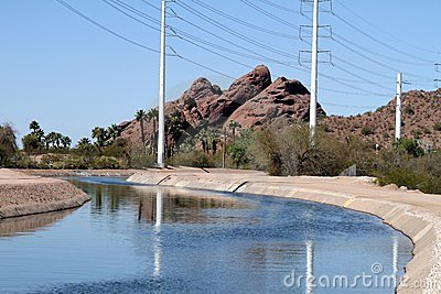 USA, Arizona: Irrigation Canal and Power Lines