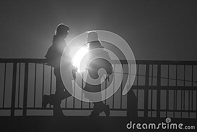 Dialog in light