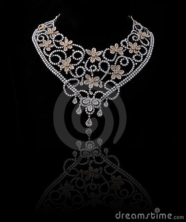 Free Diamond Necklace Stock Photos - 14620323