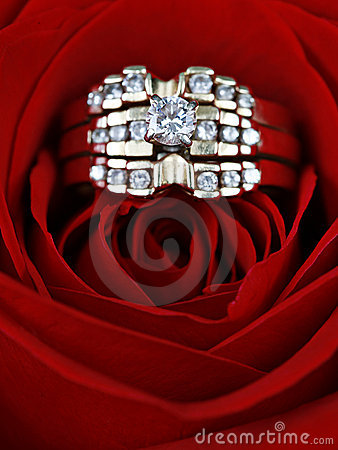 Diamond rings in a rose