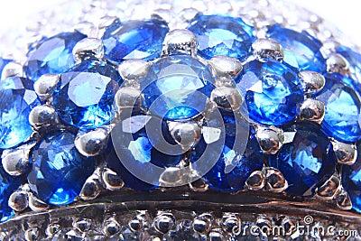 Diamond Sapphire Ring Close-up