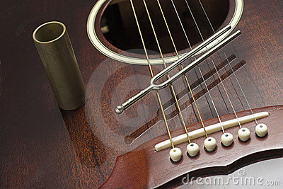 Diapason and guitar