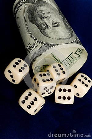 Dice Cup And Dice Royalty Free Stock Images - Image: 8941529