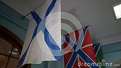 Die russische Marine-Fahne, alias die St- Andrews` s Flagge stock video footage