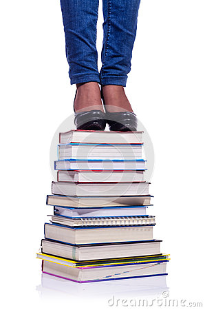 Klettern der Schritte des Wissens