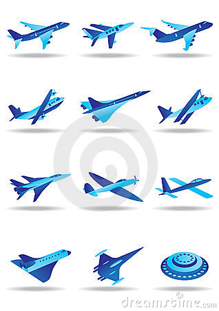 Different airplanes in flight