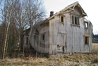 Dilapidated houses.